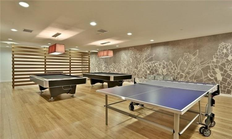 Parade ii cityplace toronto condo network for 21 iceboat terrace for sale