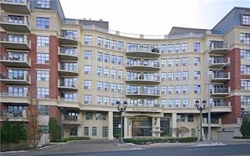Kingsway Condominiums