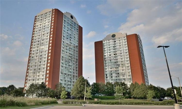 Chelsea Towers (4205)
