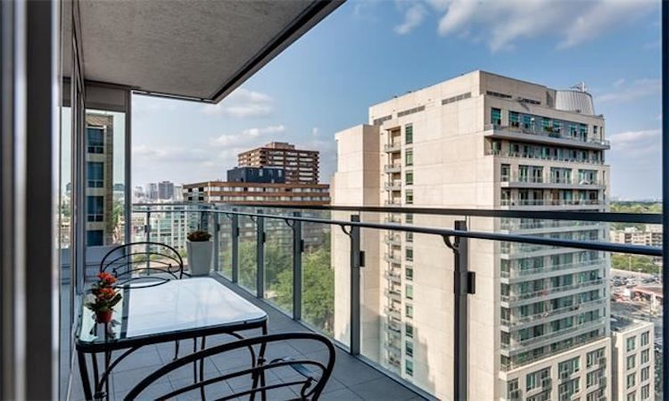 Four Seasons Private Residences - 55 Scollard