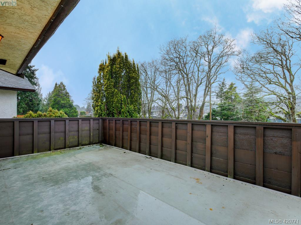 4351 Columbia Dr, Saanich East 420771