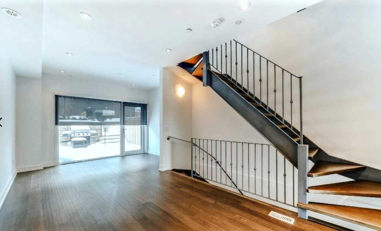 213 Manning Ave, Toronto C4388328