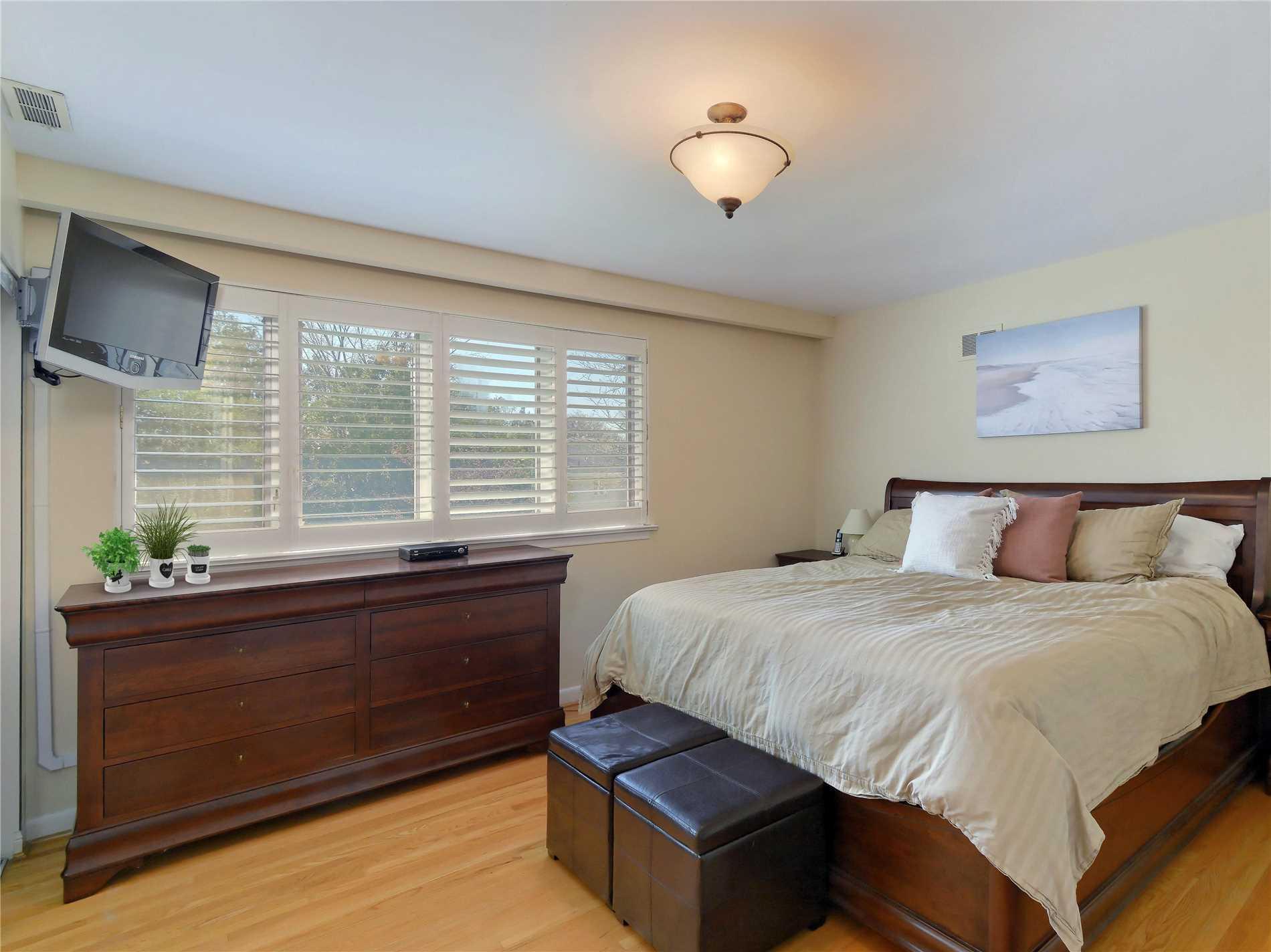 291 Upper Highland Cres, Toronto C4454881