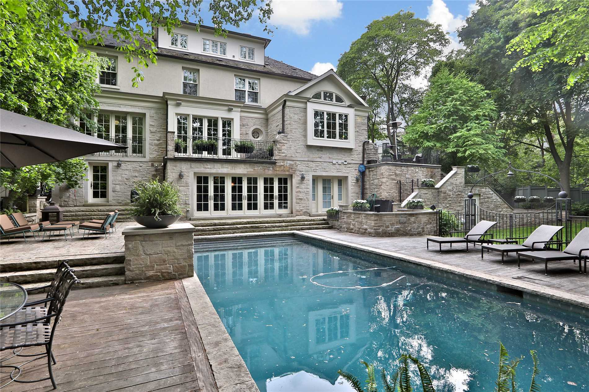 271 Forest Hill Rd, Toronto C4488656