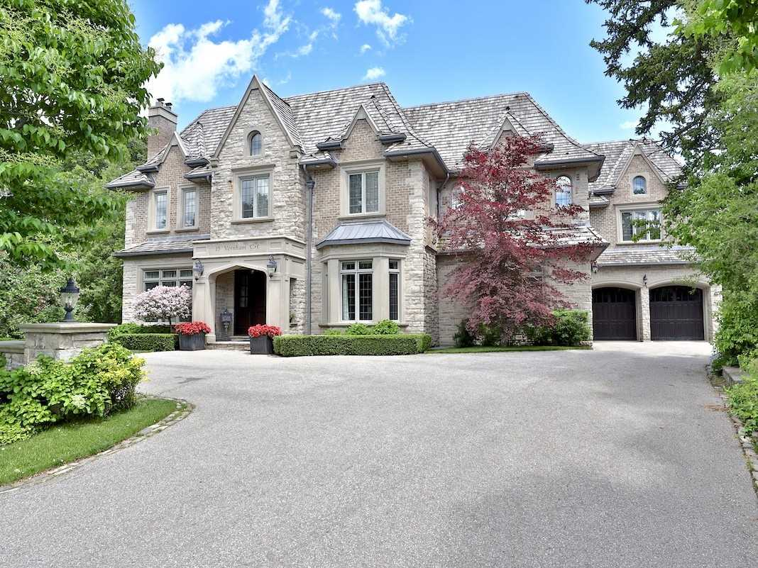 15 Vernham Crt, Toronto C4492396