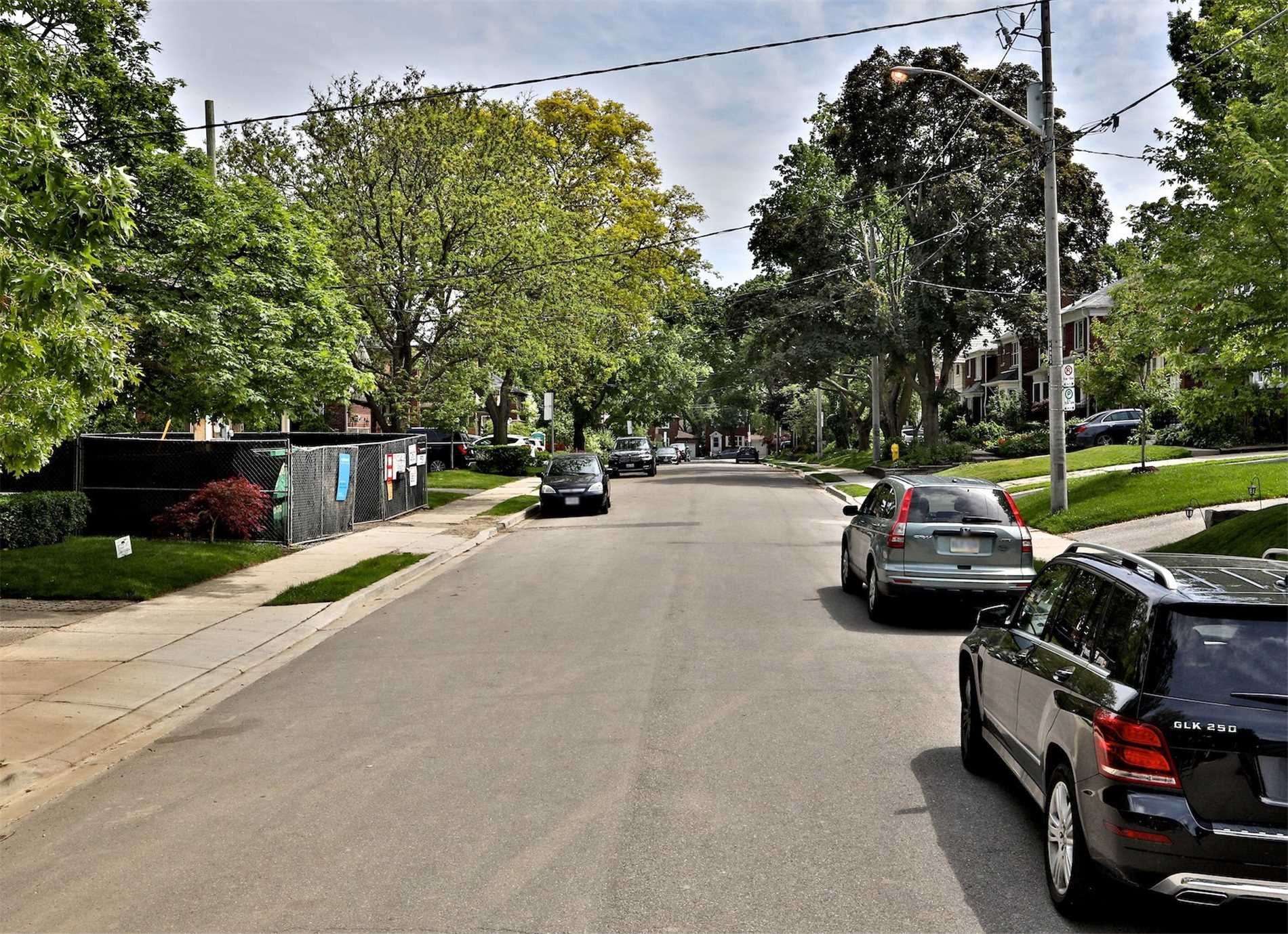 28 Tanager Ave, Toronto C4497151