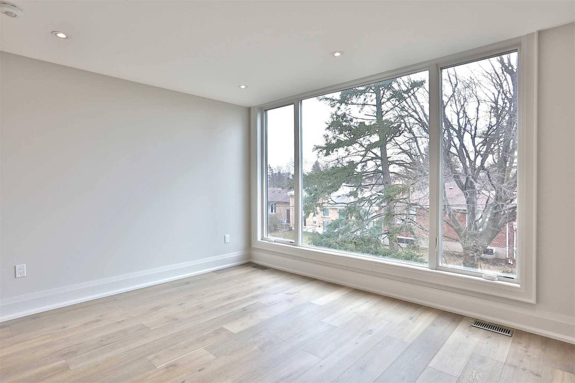 135 Hove St, Toronto C4502764