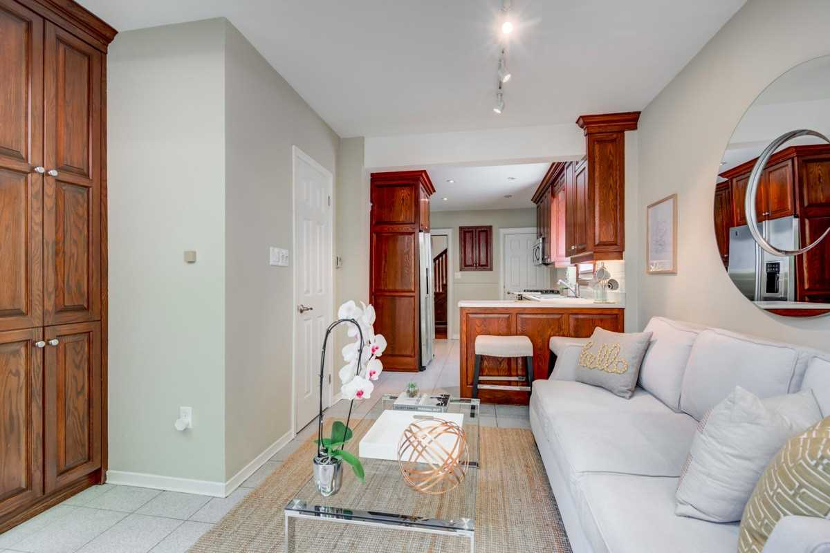 46 Coldstream Ave, Toronto C4505901