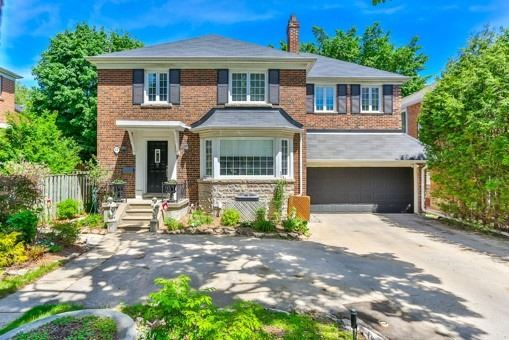 17 Fernwood Rd, Toronto C4510448