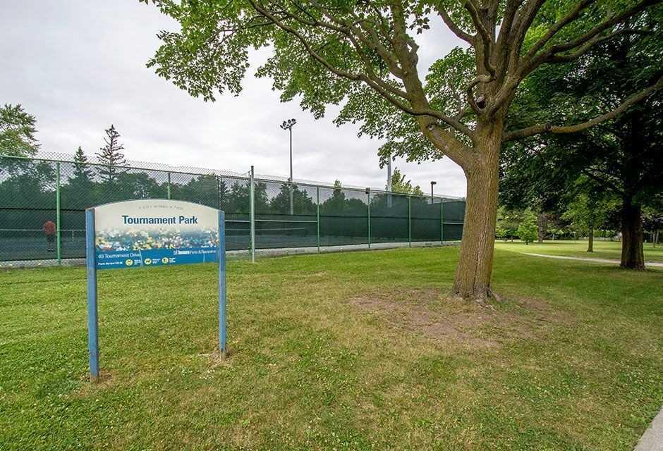 47 Tournament Dr, Toronto C4516556
