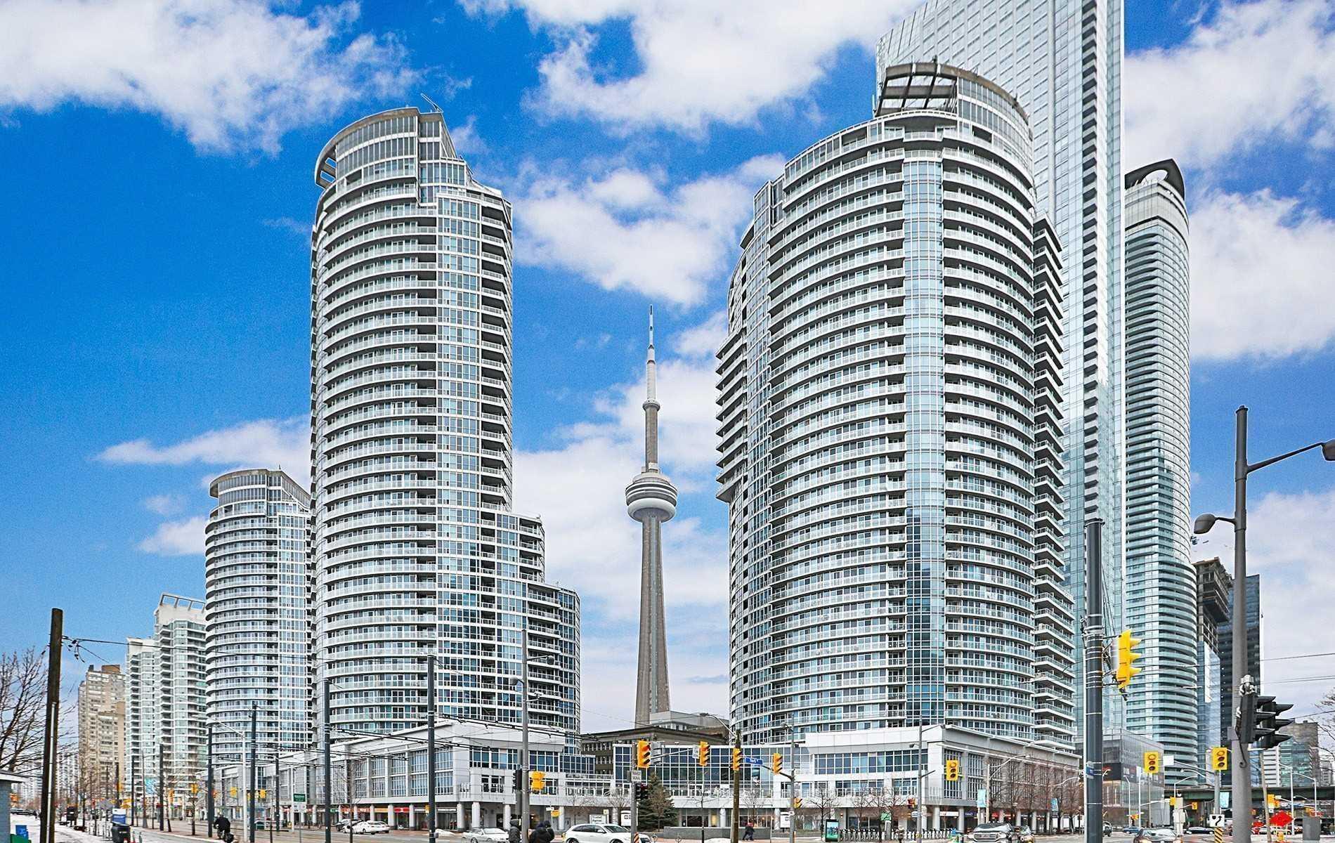 #2212 - 208 Queens Quay W, Toronto C4521409