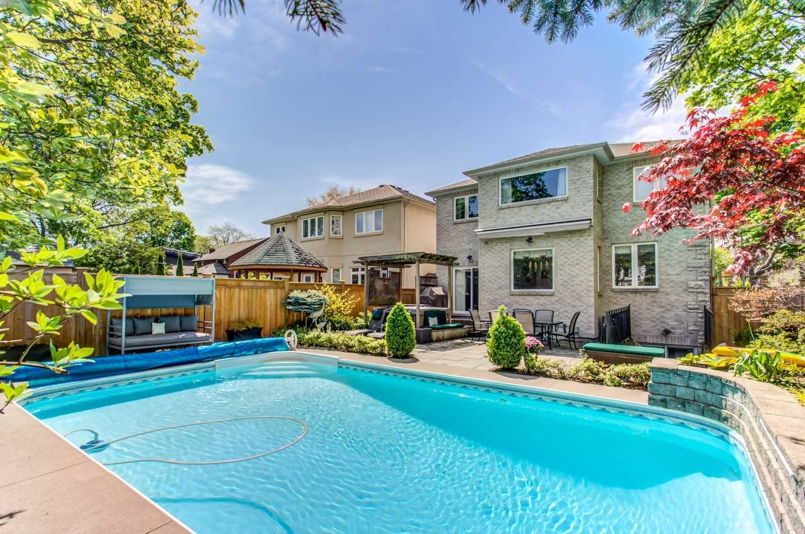 52 Elmwood Ave, Toronto C4531388
