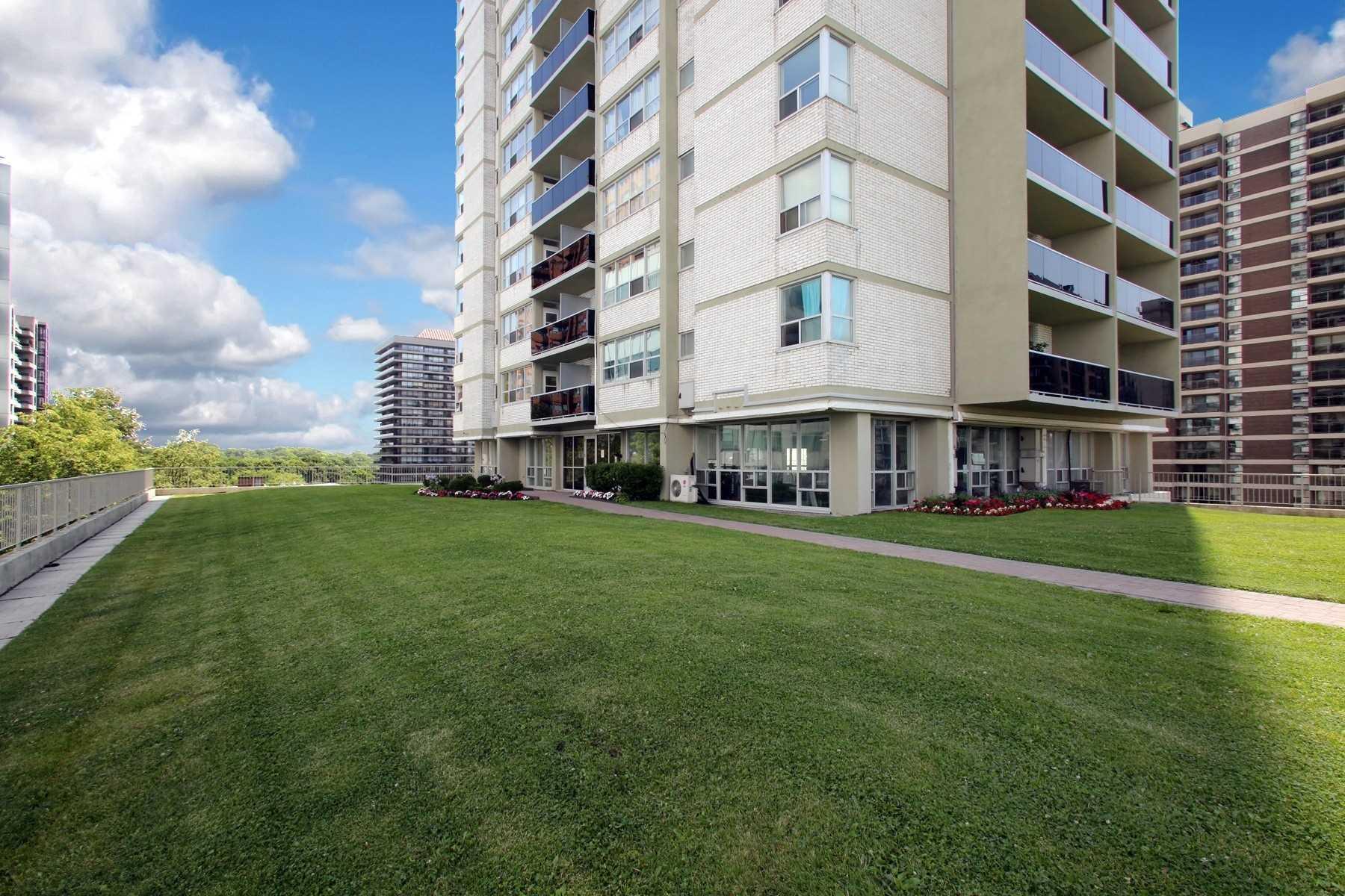 60 Pleasant Blvd, Toronto C4532910