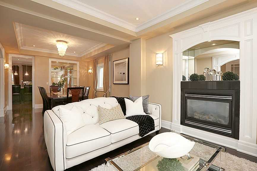 217 Harlandale Ave, Toronto C4540699