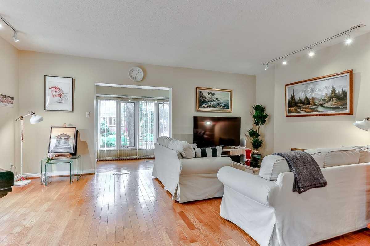 67 Hillsdale Ave W, Toronto C4540945