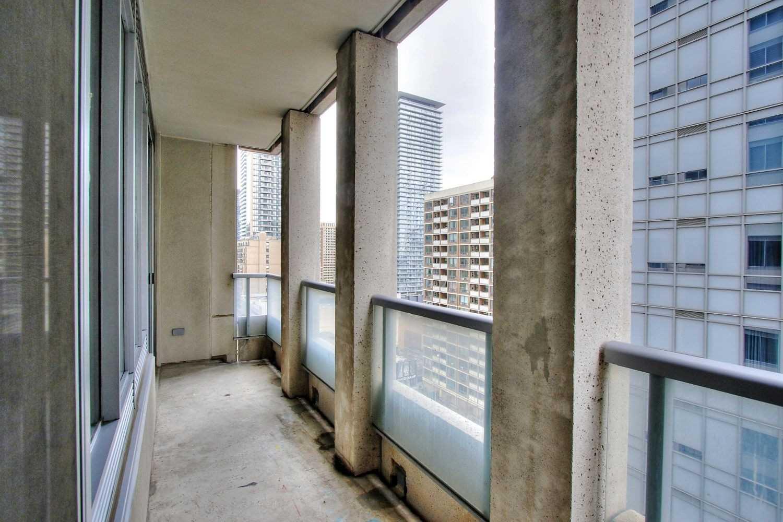 #1408 - 35 Balmuto St, Toronto C4541819