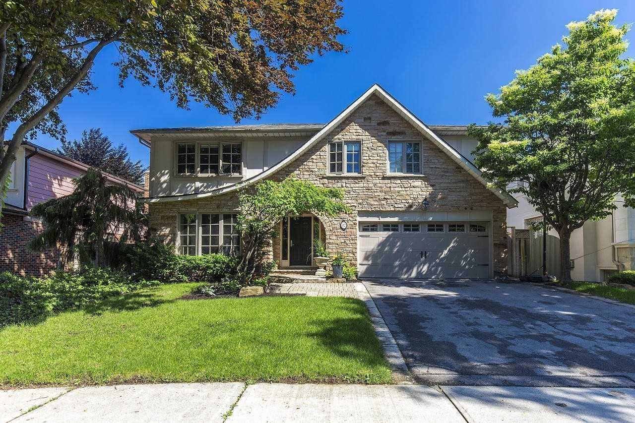 12 Chipstead Rd, Toronto C4545395