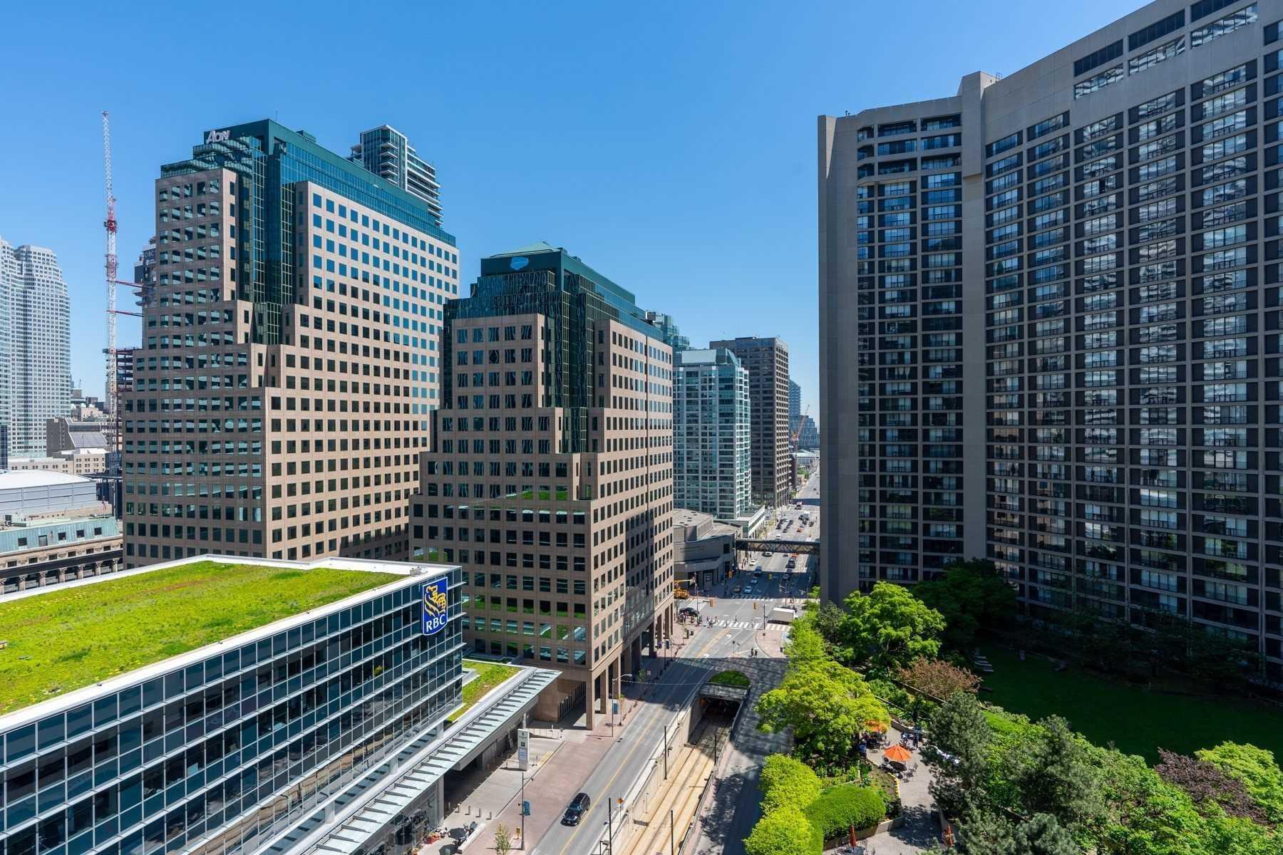 #1718 - 55 Harbour Sq, Toronto C4551379