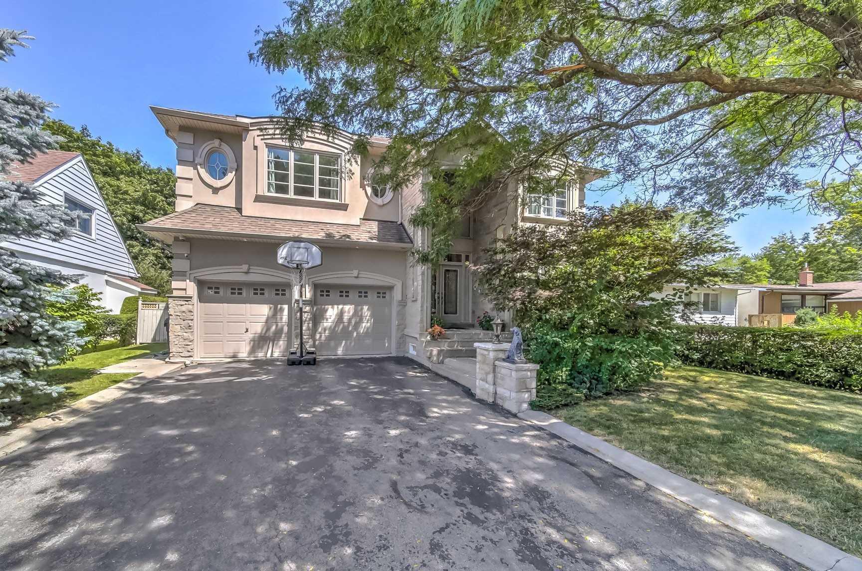 9 Addison Cres, Toronto C4553359