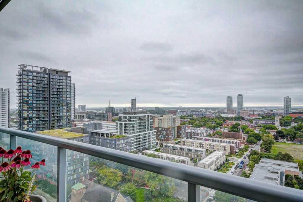 #1707 - 25 Cole St, Toronto C4564951