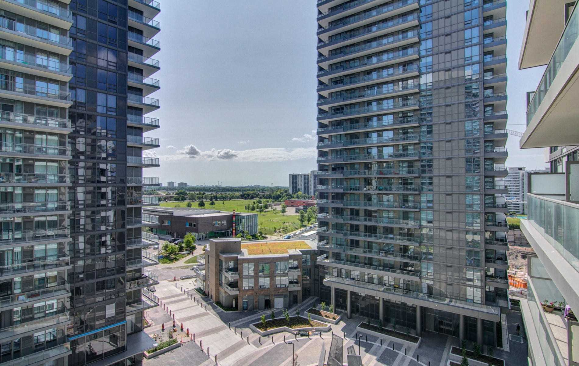 #905 - 52 Forest Manor Rd, Toronto C4566620
