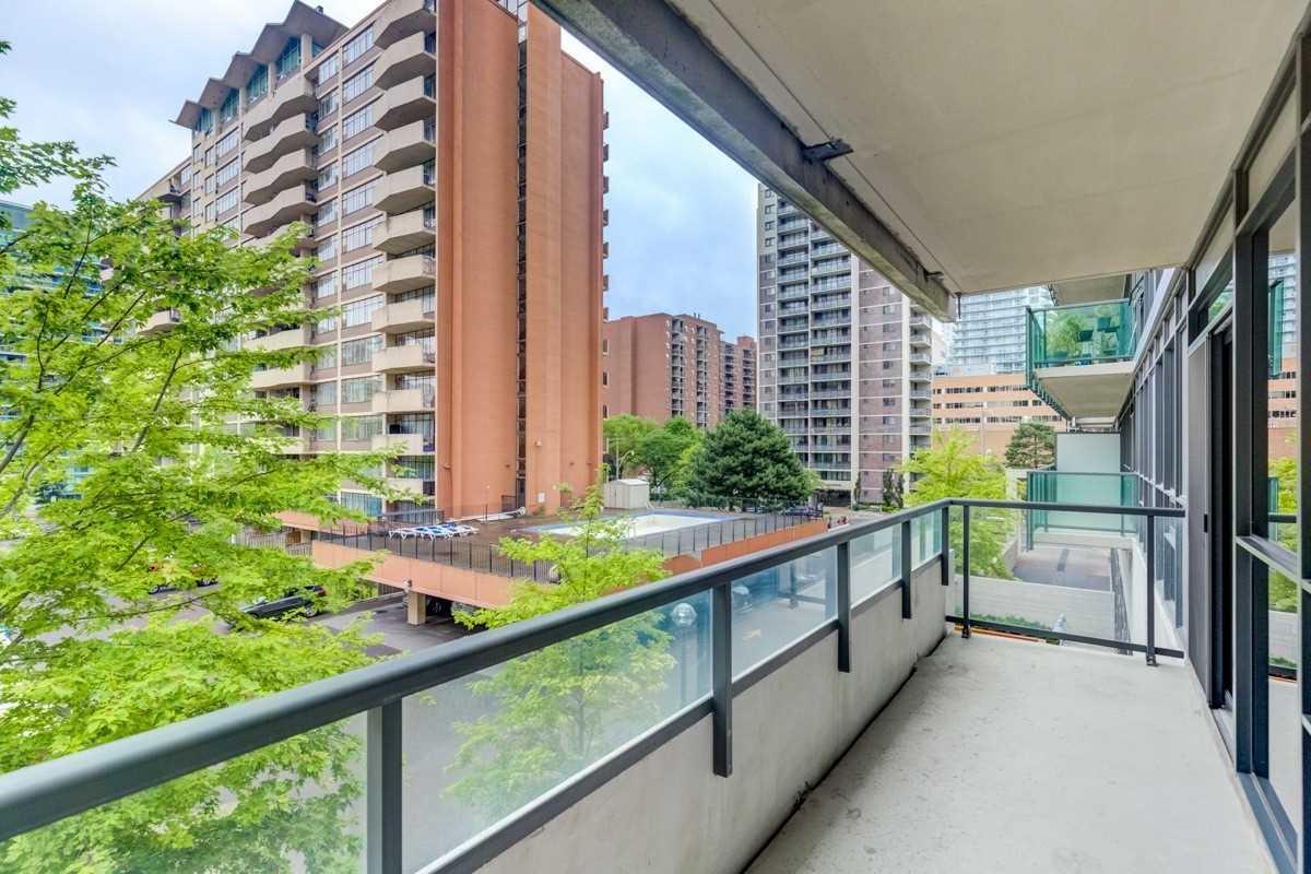 #221 - 70 Roehampton Ave, Toronto C4569650