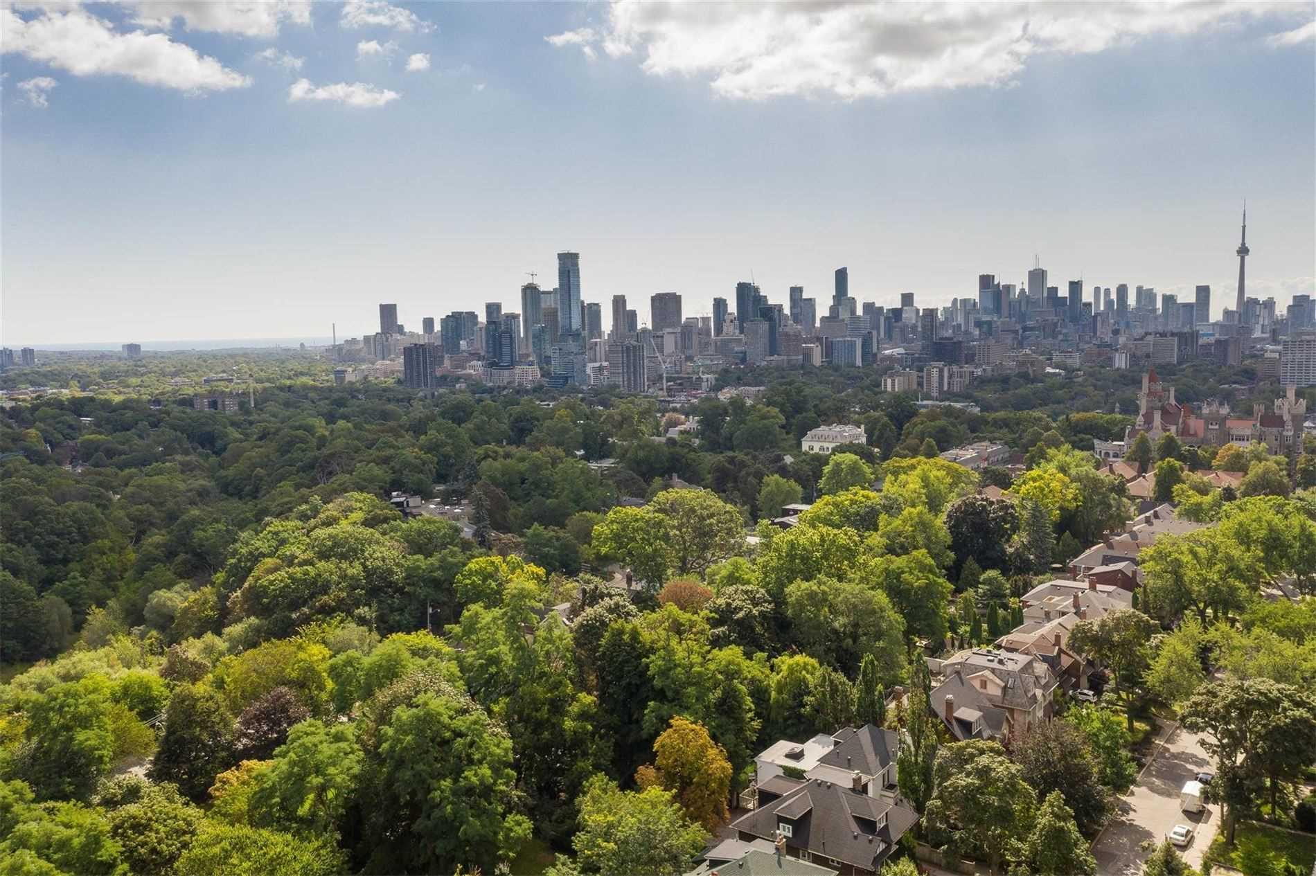 394 Walmer Rd, Toronto C4576493