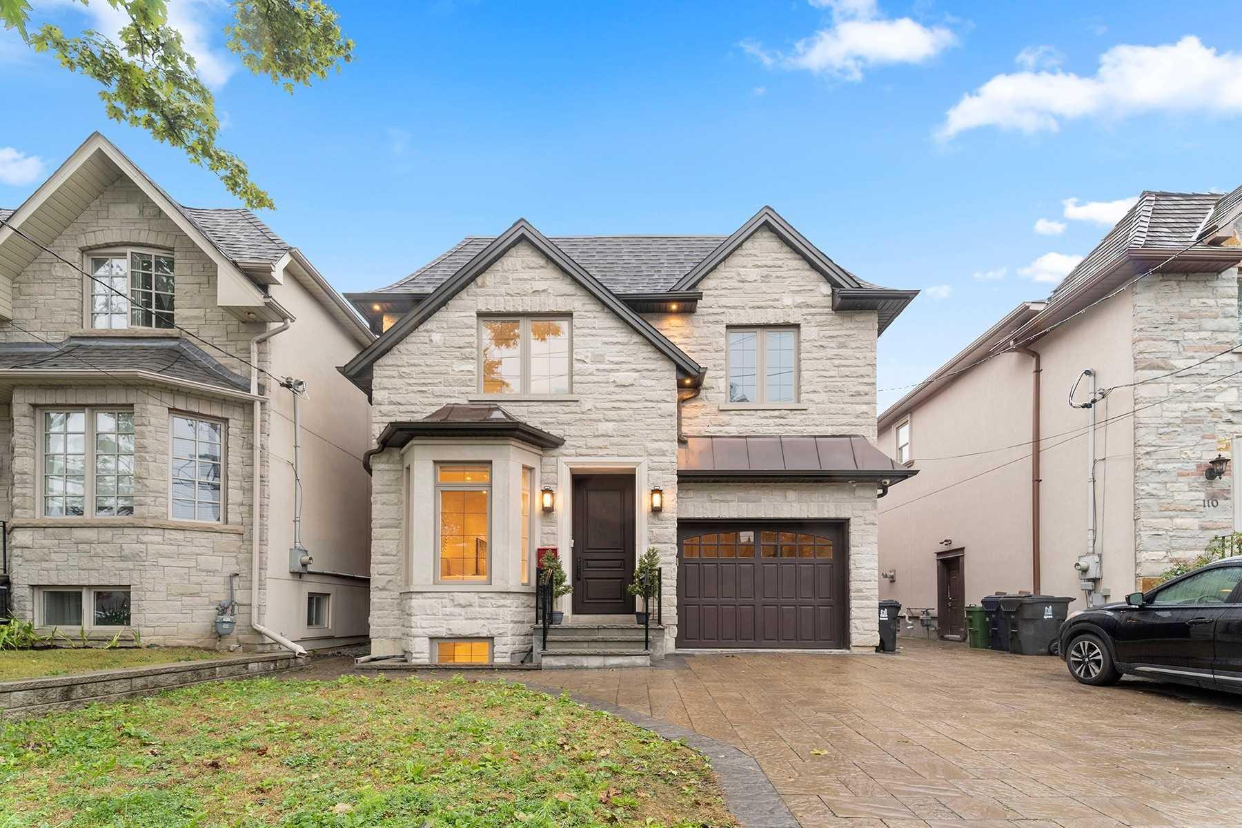 108 Parklea Dr, Toronto C4598868