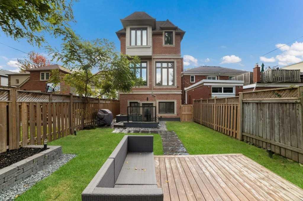 298 Manor Rd E, Toronto C4607729