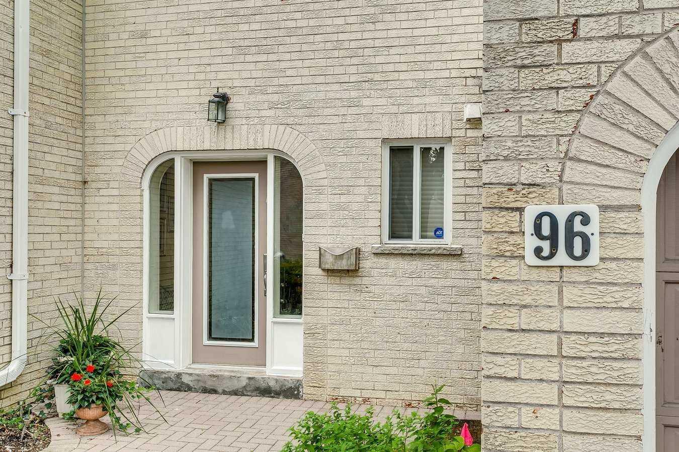 96 Crimson Millway, Toronto C4625187