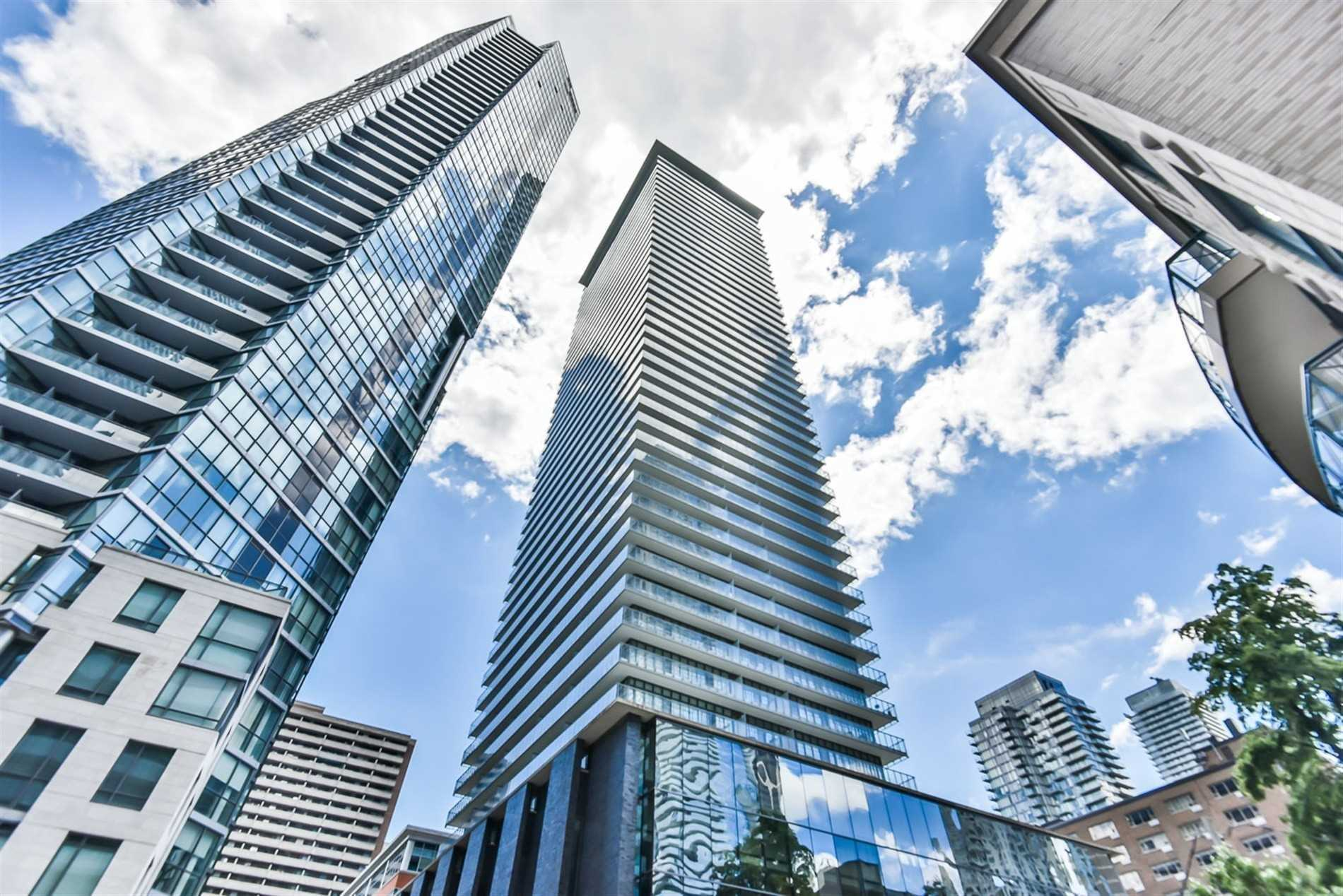 #605 - 33 Charles St E, Toronto C4625413