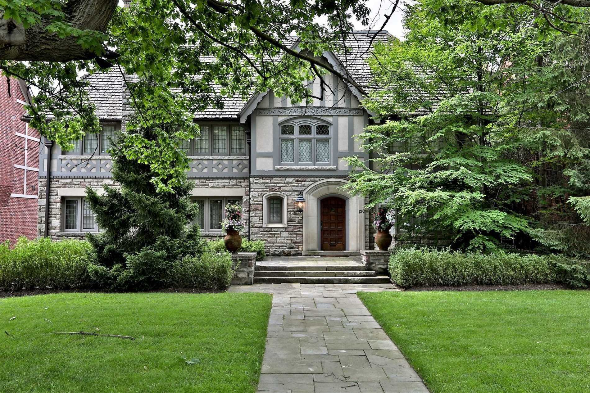 120 Old Forest Hill Rd, Toronto C4626407
