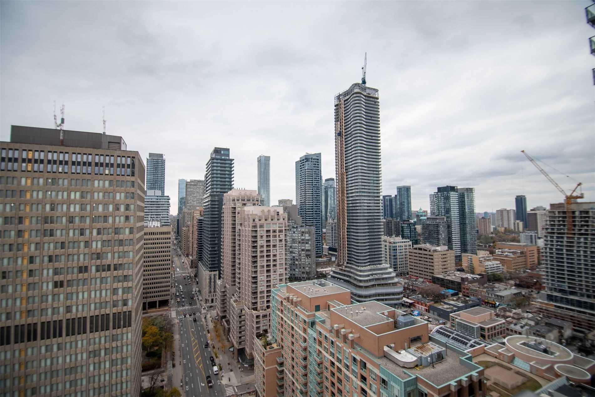 #2605 - 832 Bay St, Toronto C4629426