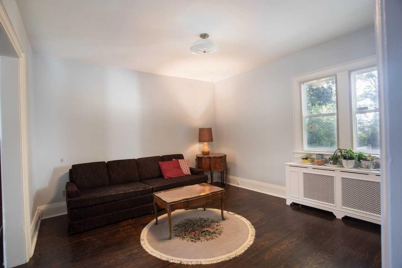 22 Willowbank Blvd, Toronto C4638500