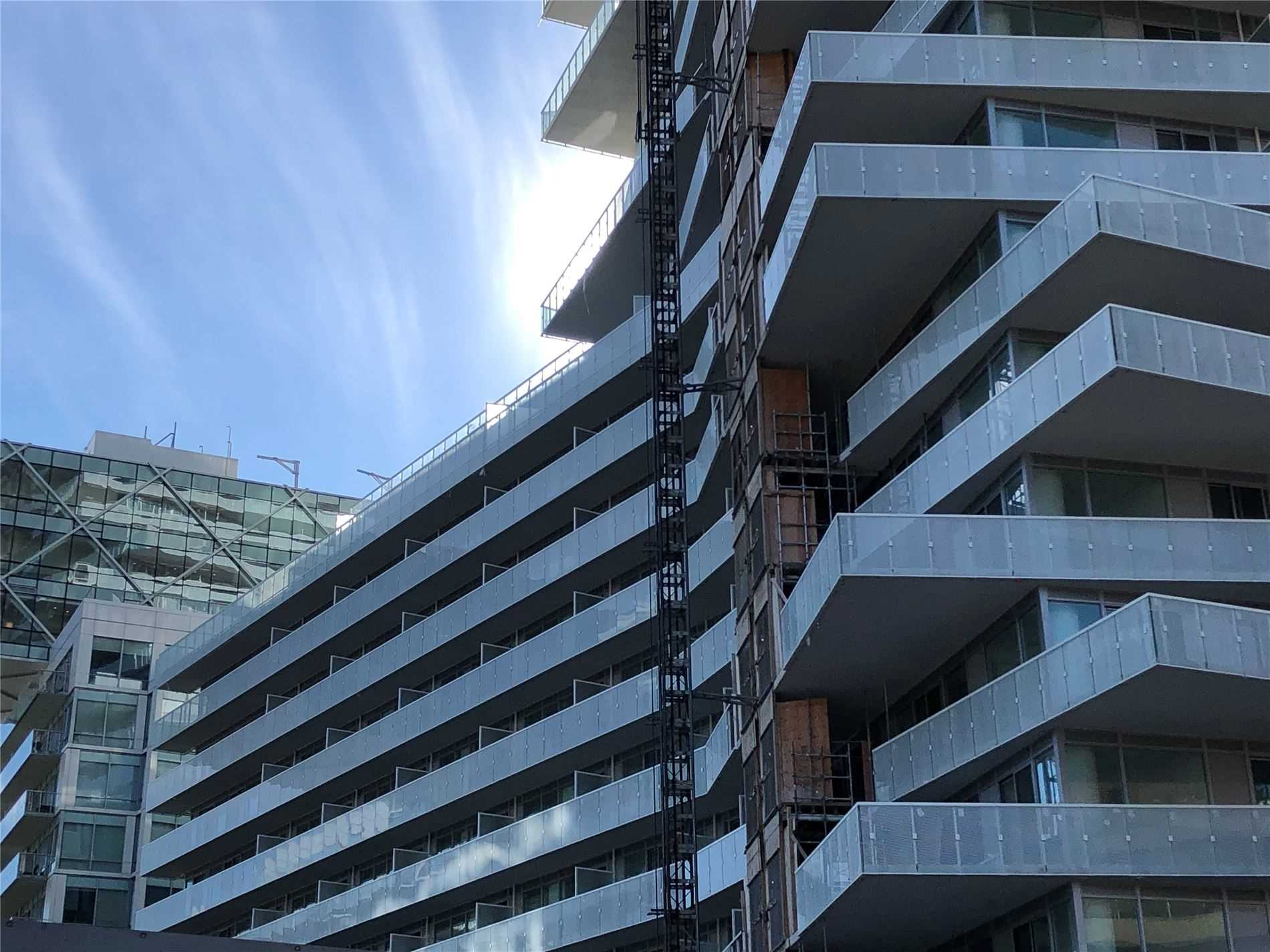 #802 - 15 Queens Quay E, Toronto C4681511