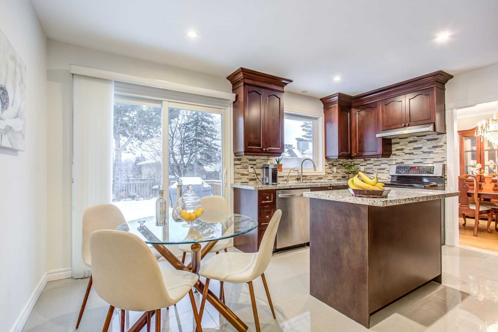 38 Whittaker Cres, Toronto C4686598