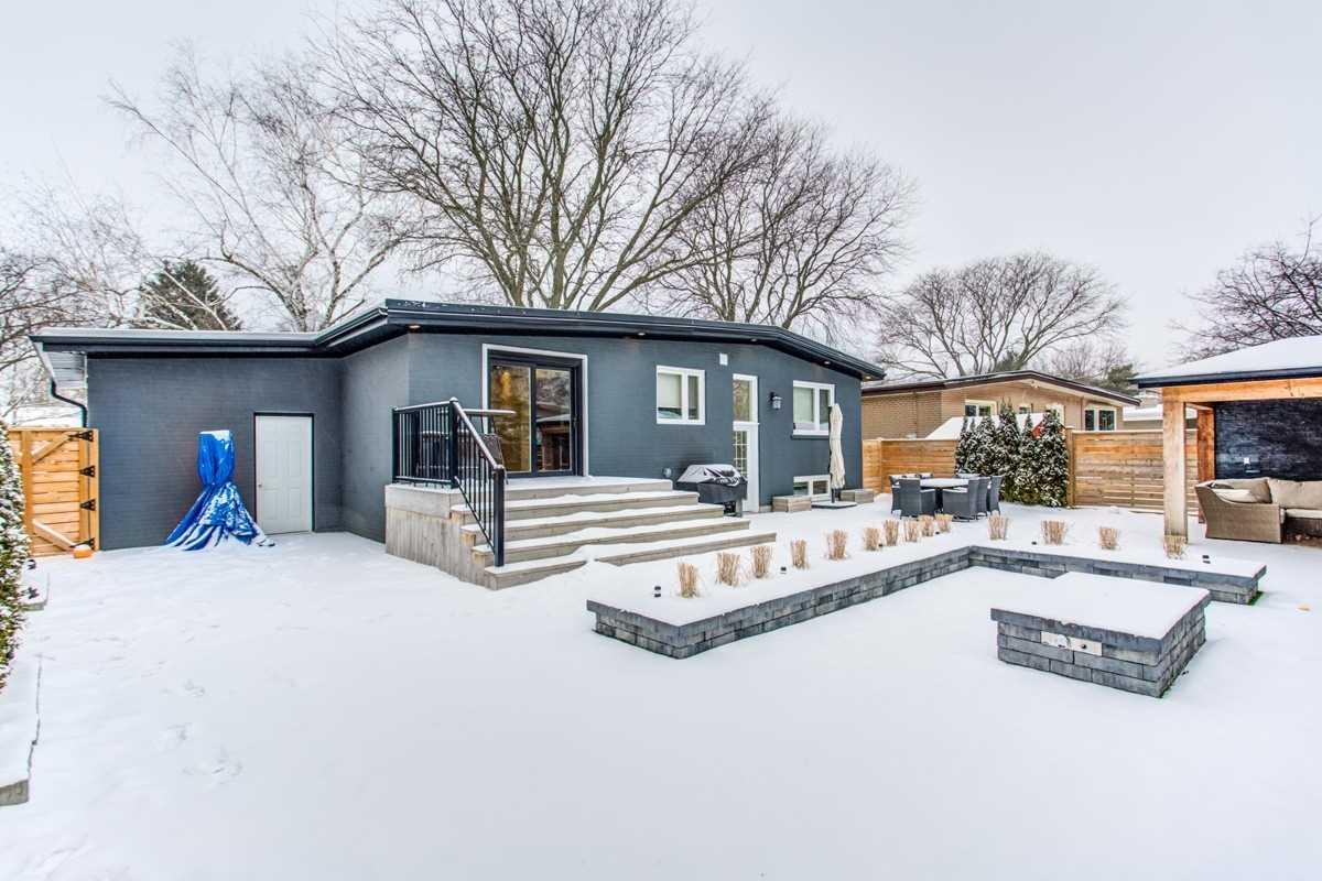 6 Lacewood Cres, Toronto C4688381