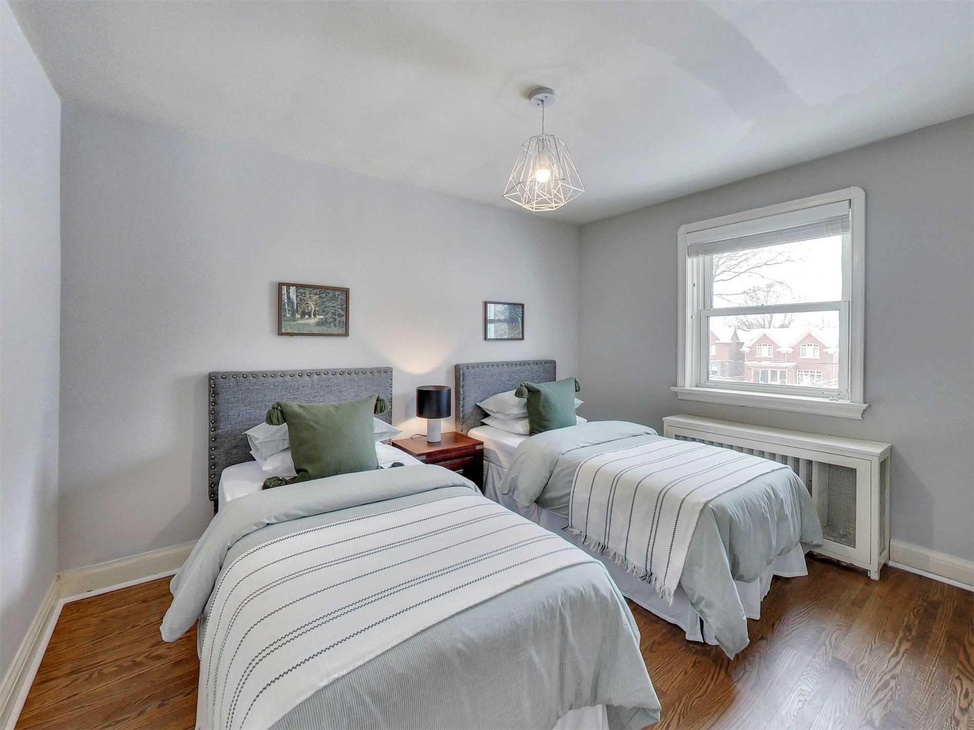5 Roxville Ave, Toronto C4689566