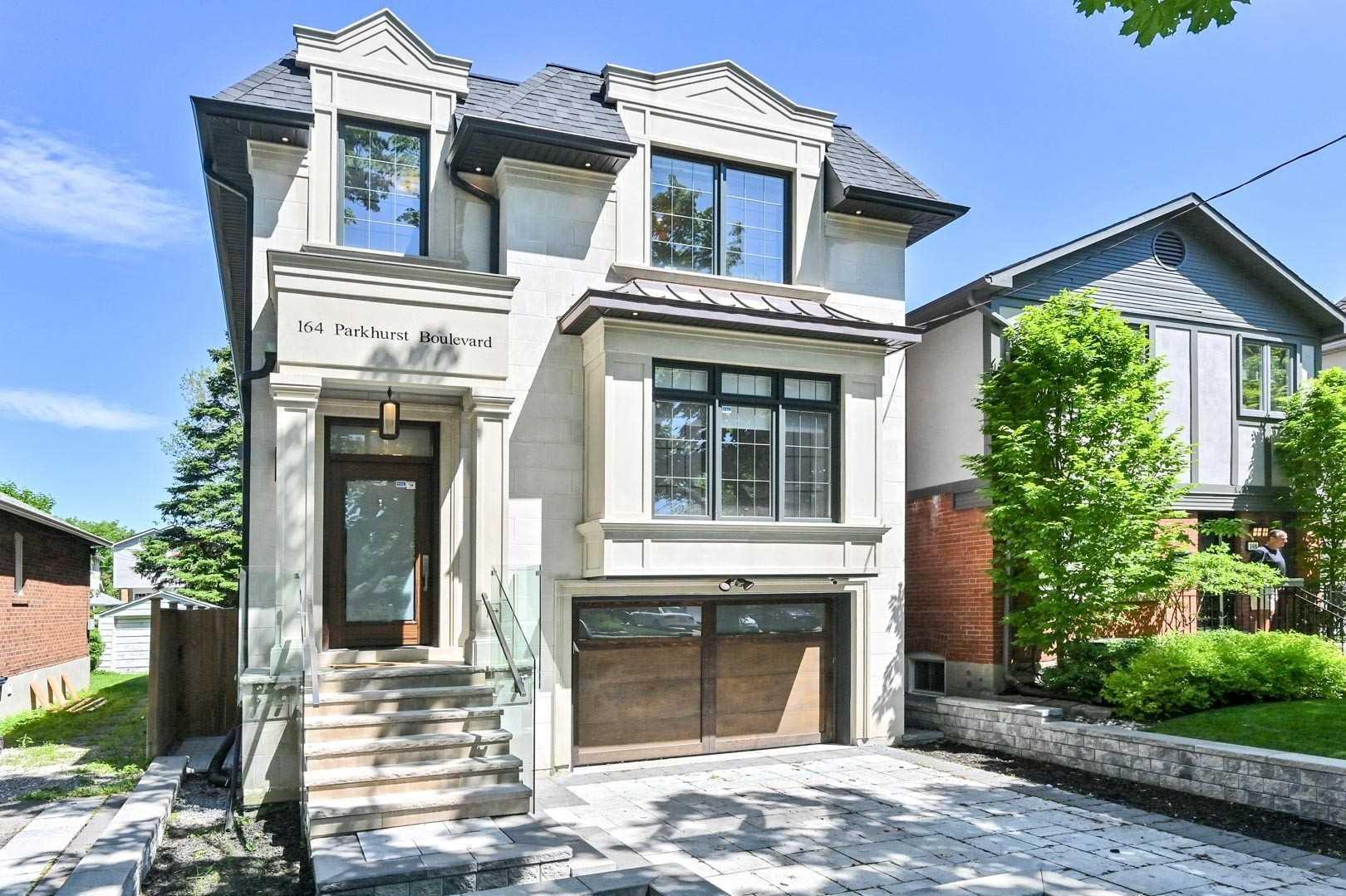 164 Parkhurst Blvd, Toronto, M4G2G1