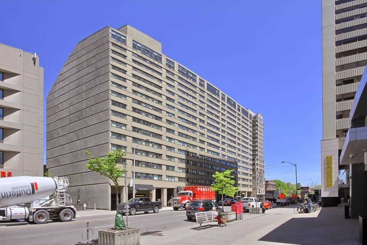 107 - 360 Bloor St E, Toronto, M4W 1H4