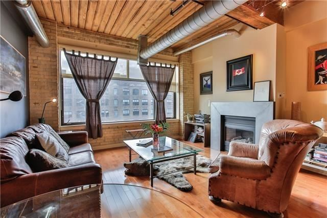 402-436-wellington-st-w