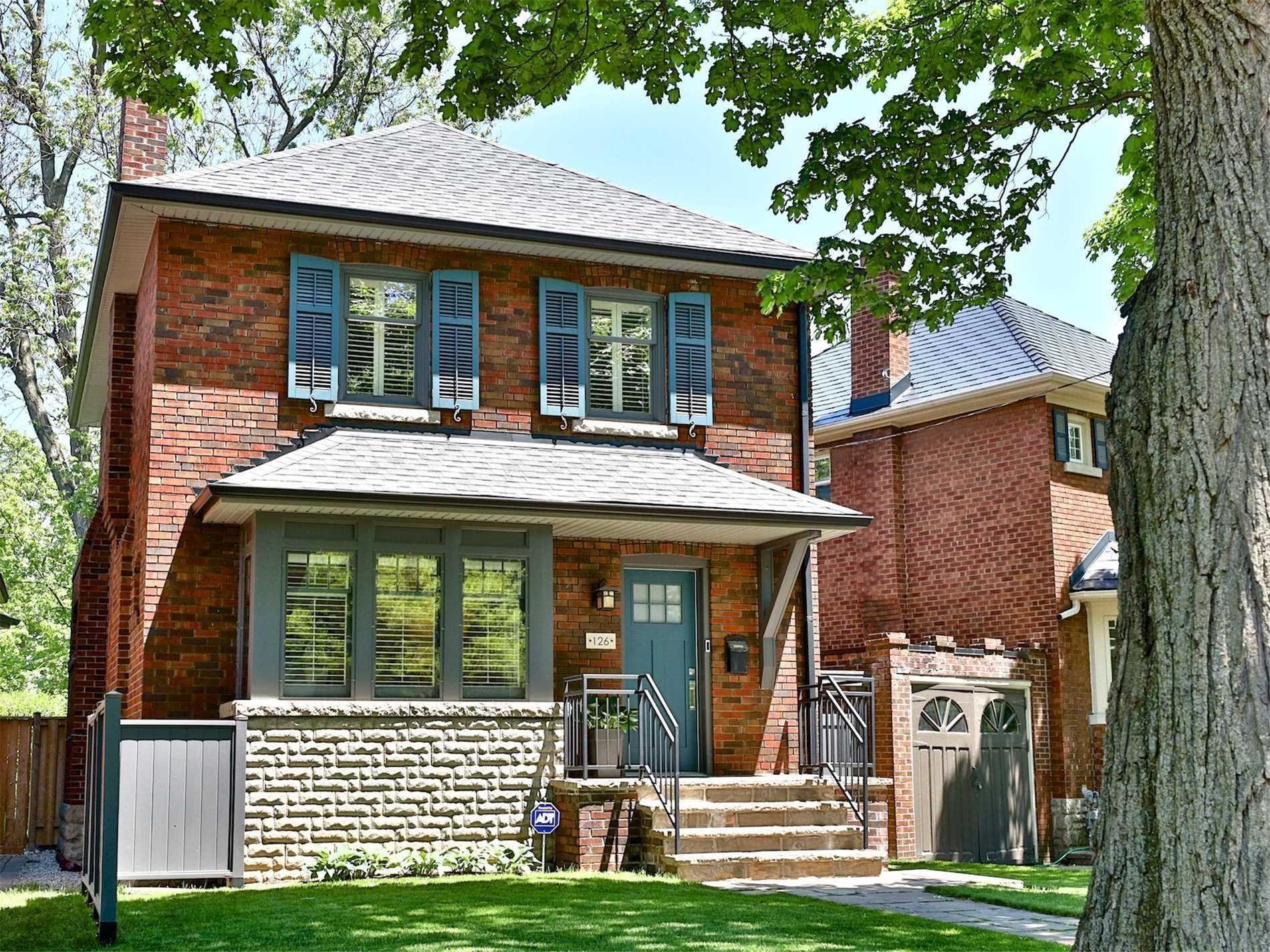 126 Chatsworth Dr, Toronto, M4R1R9