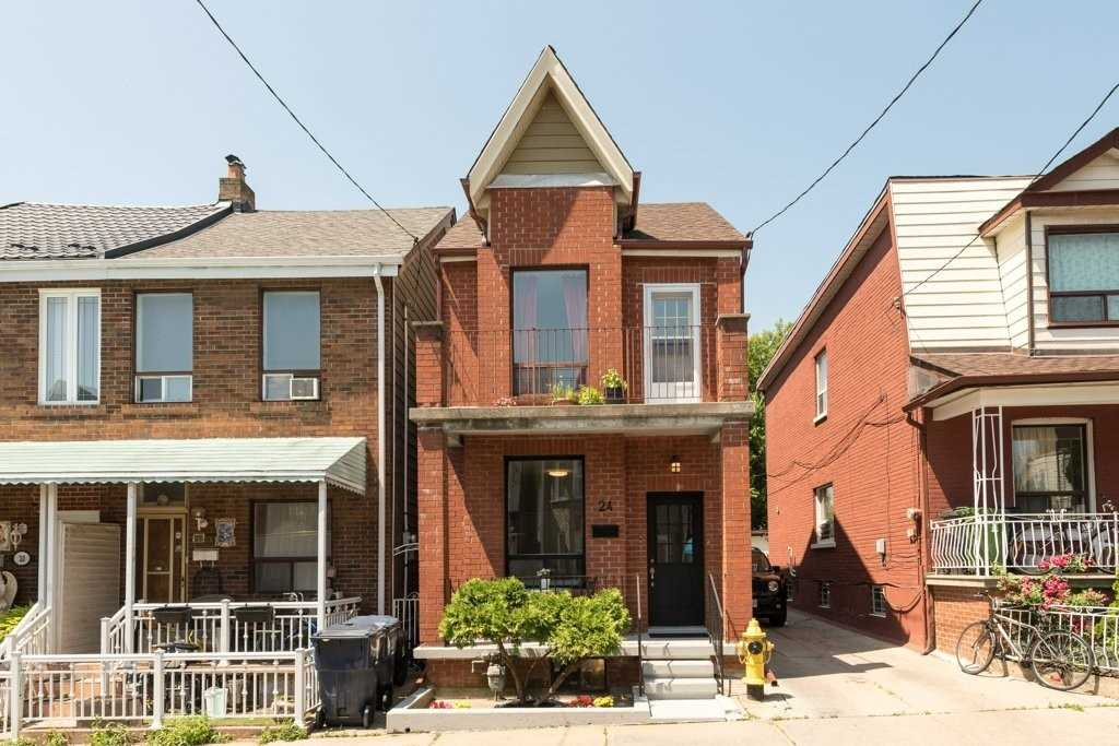 24 Mechanic Ave, Toronto, M6K2P1