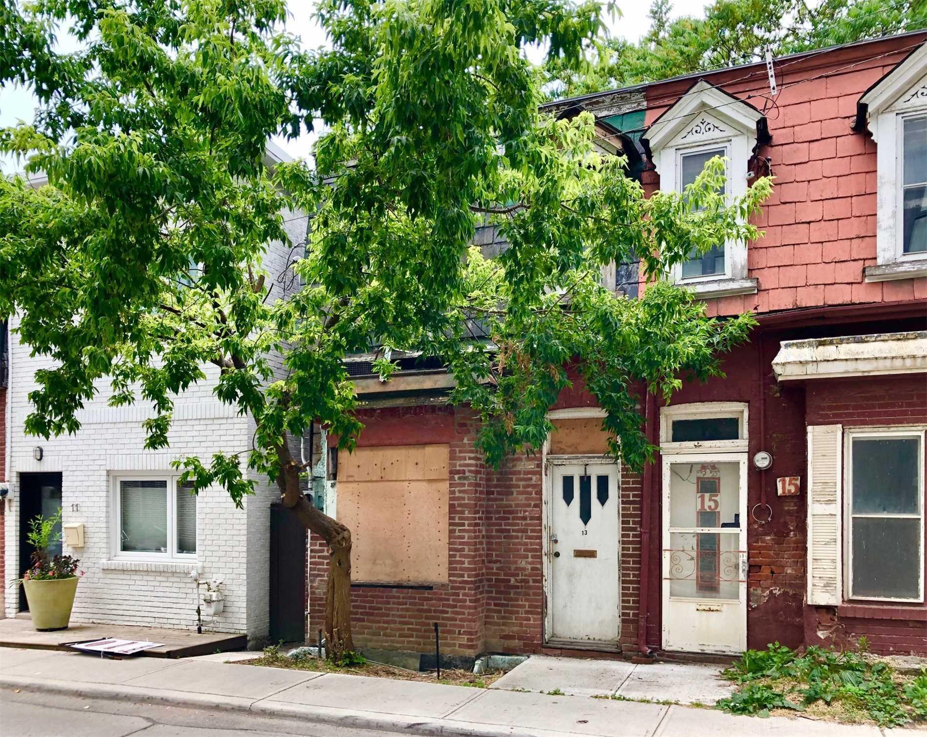 13 Rebecca St, Toronto, M6J1K8