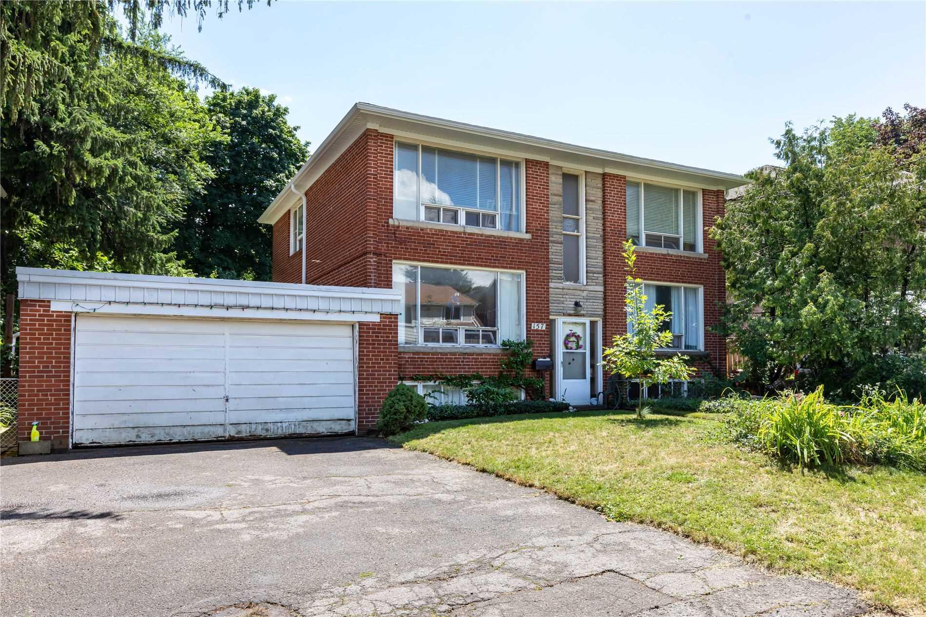 157 Roslin Ave, Toronto, M4N 1Z5