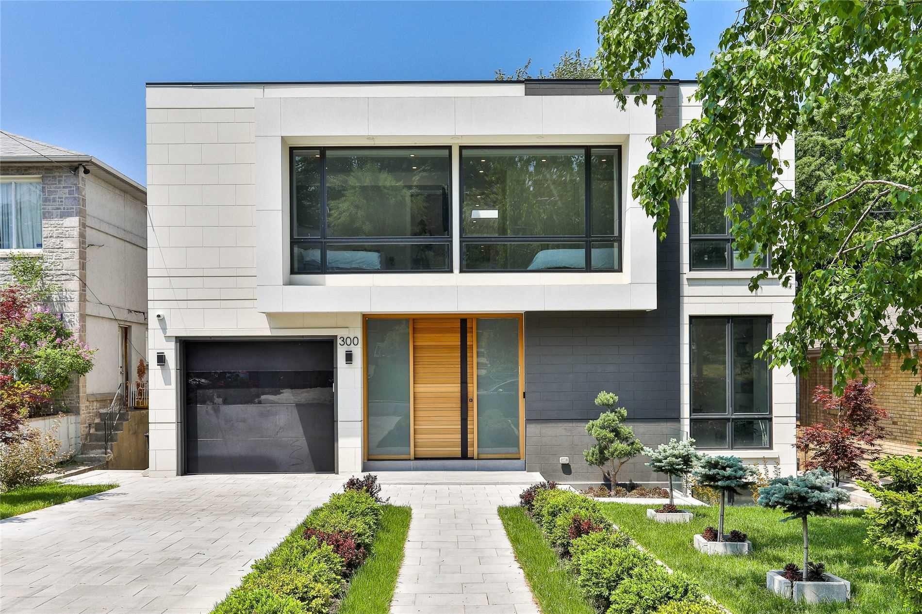 300 Hillhurst Blvd, Toronto, M6B1N1