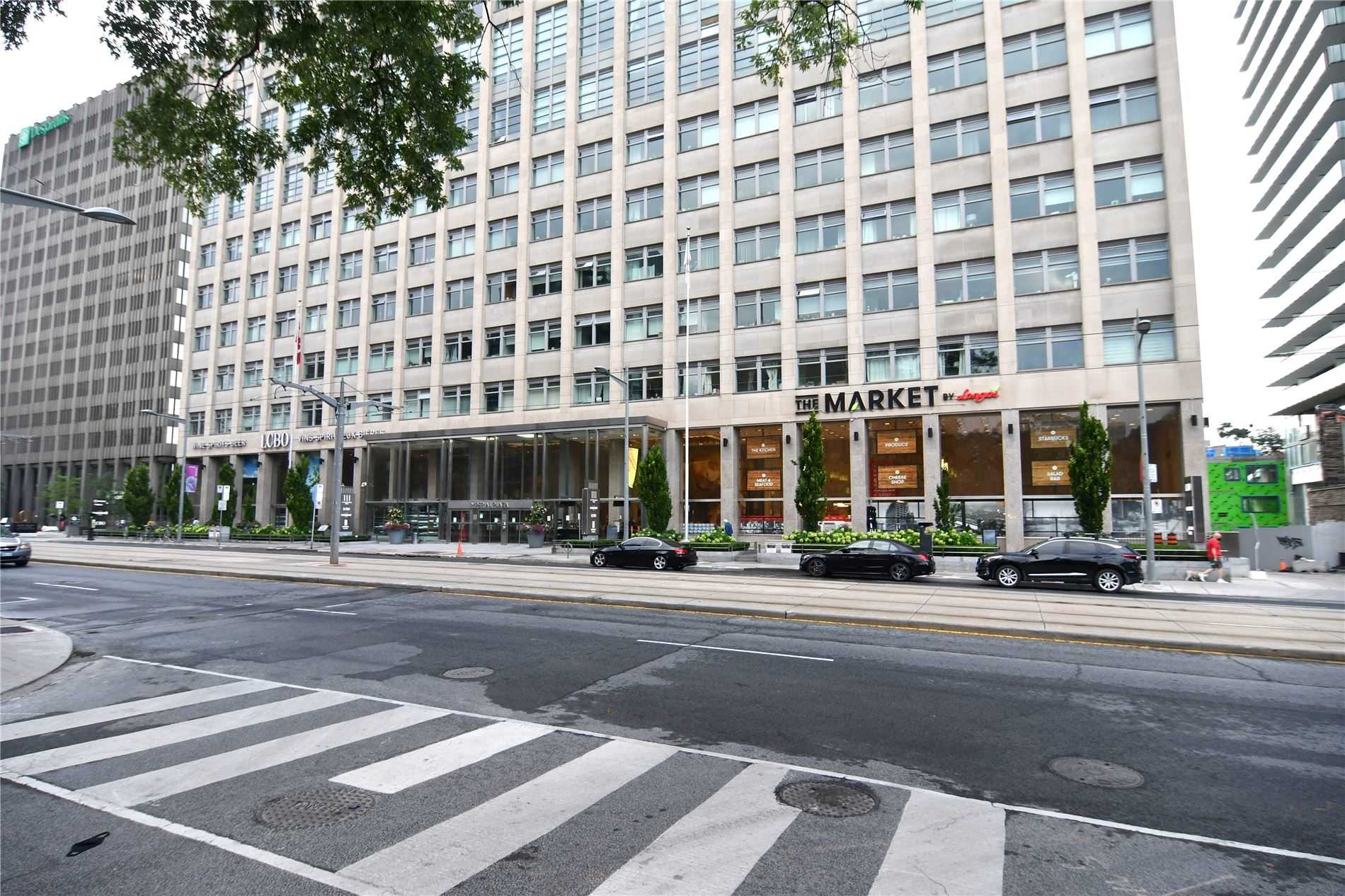 1003-111-st-clair-ave-w