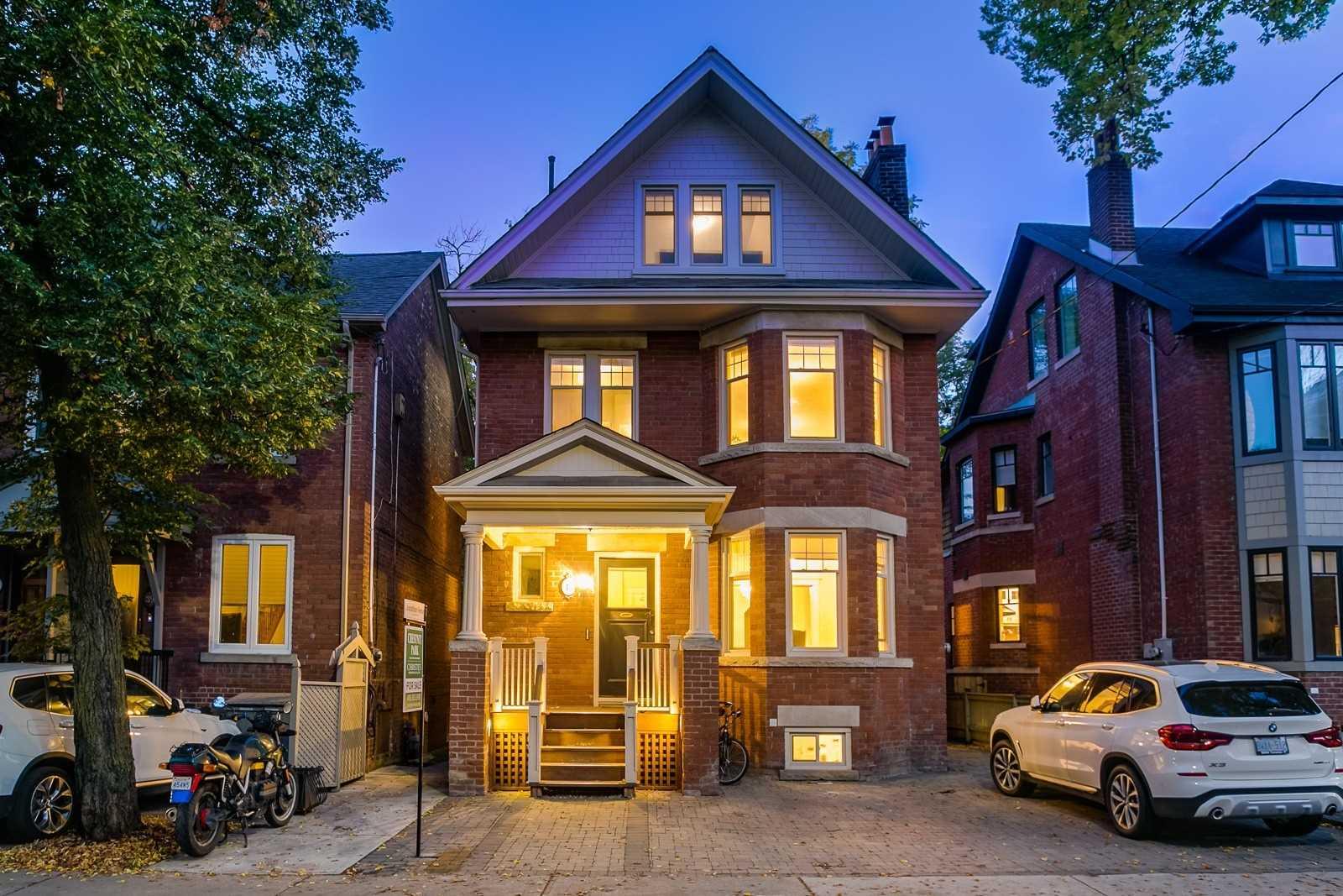 41 Balmoral Ave, Toronto, M4V1J5