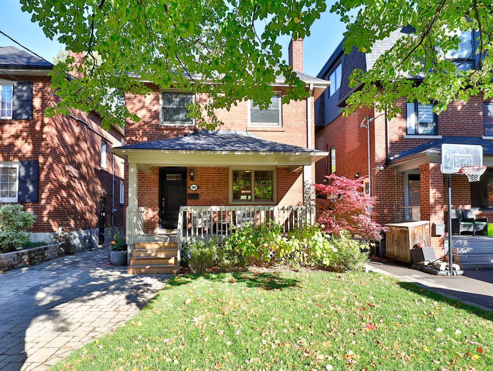 90 Chudleigh Ave, Toronto, M4R1T3