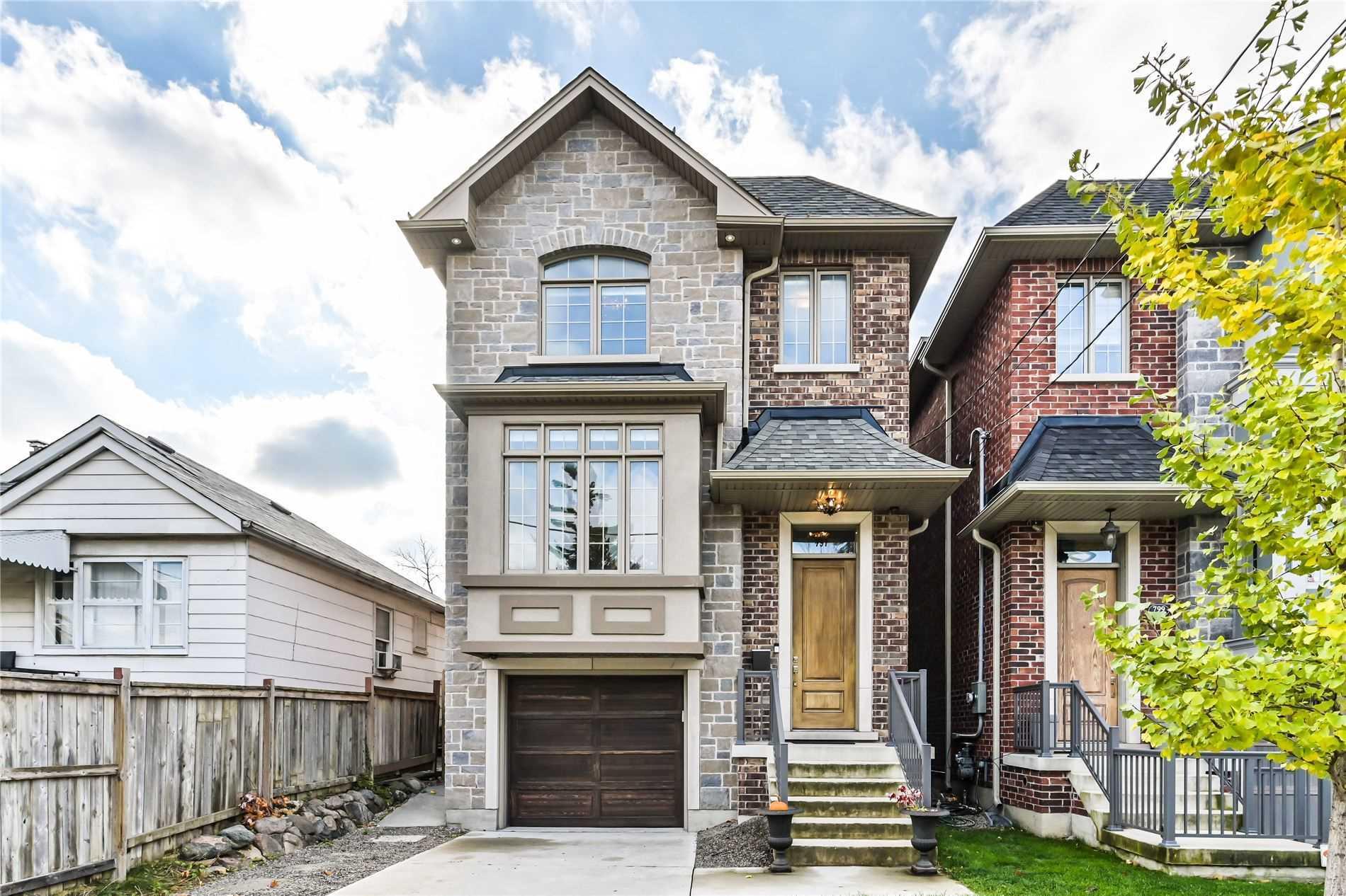 797 Glencairn Ave, Toronto, M6B2A2